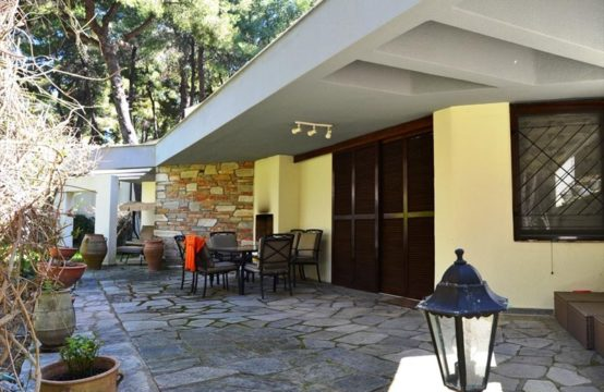 Villa for Rent in Sani, Kassandra – 107 sq.m.