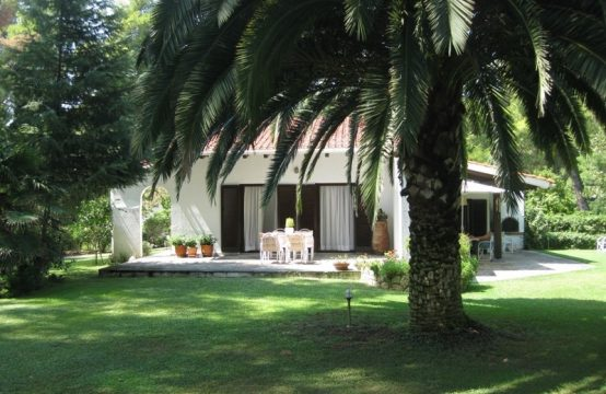 Villa for Rent in Sani, Kassandra – 90 sq.m.
