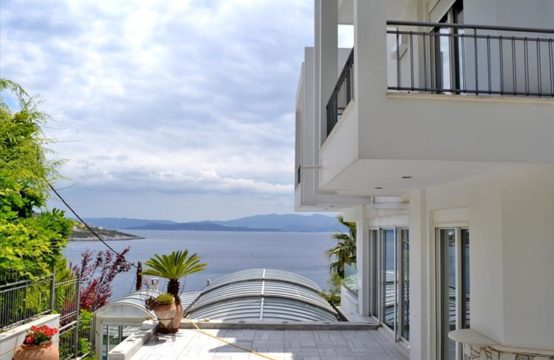 Villa for Rent in Agia Marina, Athens – 480 sq.m.