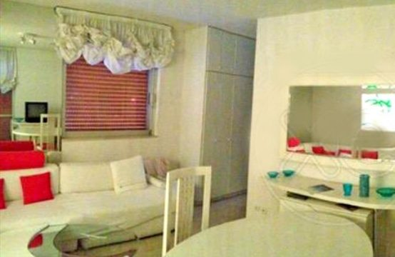 Flat 54 sq.m. for Rent in Vouliagmeni, Athens