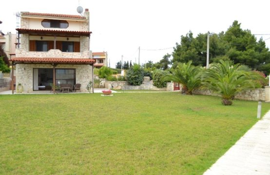 Detached house for Rent in Afytos, Kassandra – 130 sq.m.