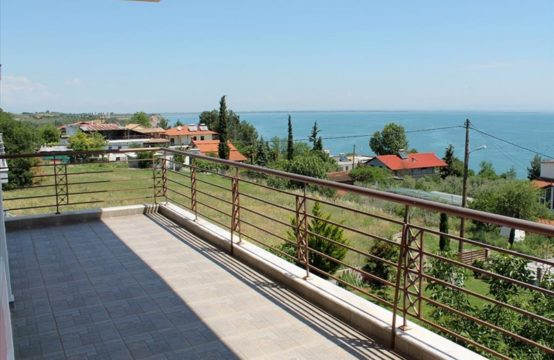 Maisonette 125 sq.m. for Sale in Makrygialos, Pieria