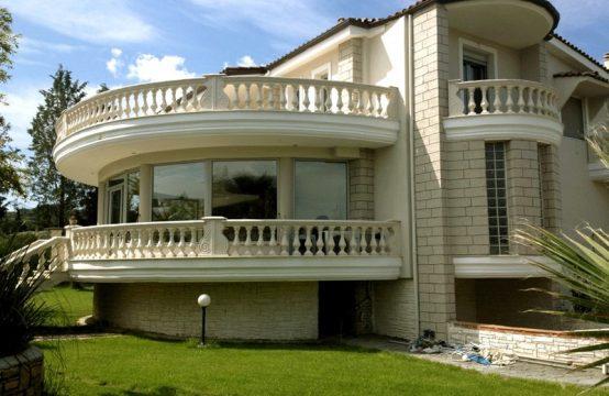 Villa for Rent in Trilofo, Thessaloniki – 520 sq.m.