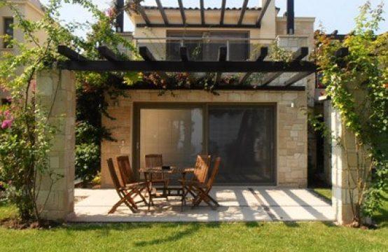 Villa 128 sq.m. for Rent in Kryopigi, Kassandra