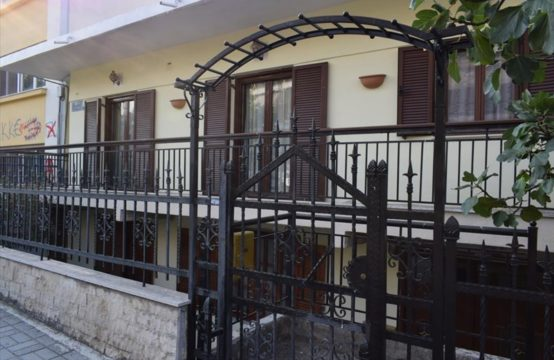 Detached house for For Sale in Thessaloniki, Thessaloniki – 200 sq.m.