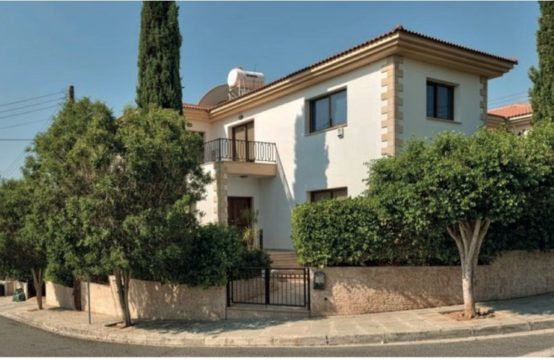 Villa for For Rent in Yermasoyia, Limassol – 245 sq.m.