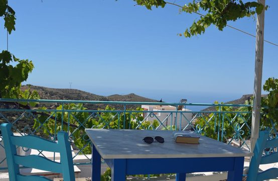 For sale a traditional renovated sea view house on Crete island, Greece!