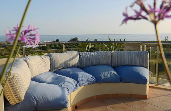 An apartment 55sq.m. with great sea view and roof terrace!
