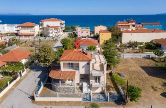 For sale 204 sq.m. house by the sea in Asprovalta, Greece!